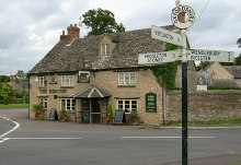 Chesterton, The Red Cow pub, Oxfordshire © Kurt C